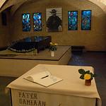 father Damian,pater Damiaan,p�re Damien,tombe,graf,leuven sint antonius kerk