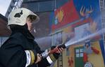firebrigade,brandweer,pompiers,extinguish,blussen,extinction,child,kind,enfant